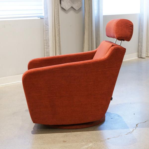 Teo Swivel Arm Chair