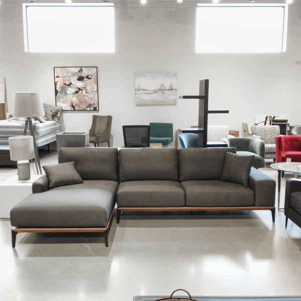 Etna Sectional